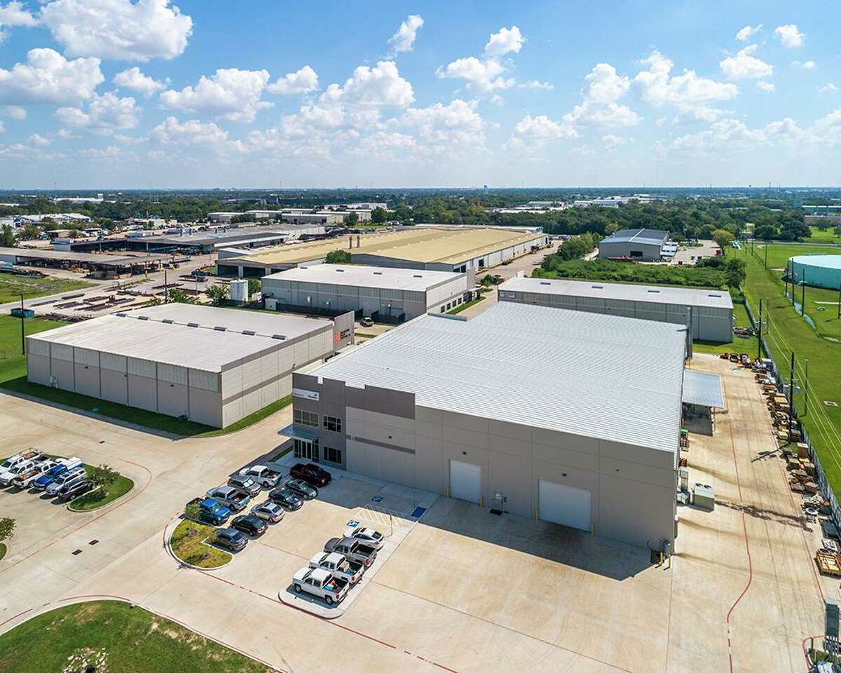 Finial Group, in partnership with Senterra LLC, purchased the Harms Road Business Park, a five-building industrial park totaling 124,000 square feet at 7204-7214 Harms Road in northwest Houston.