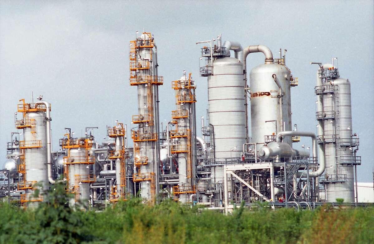 A photo of Formosa Plastics plant at Point Comfort, Texas.