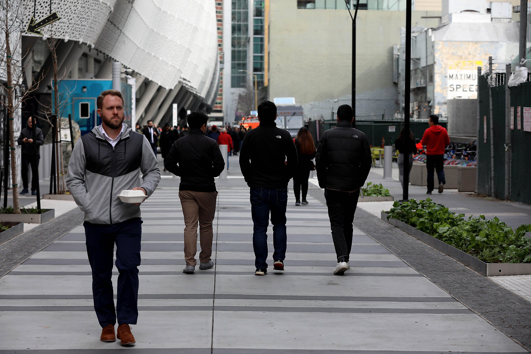 Advocates oppose parking garage that would bring car traffic to Transbay plaza