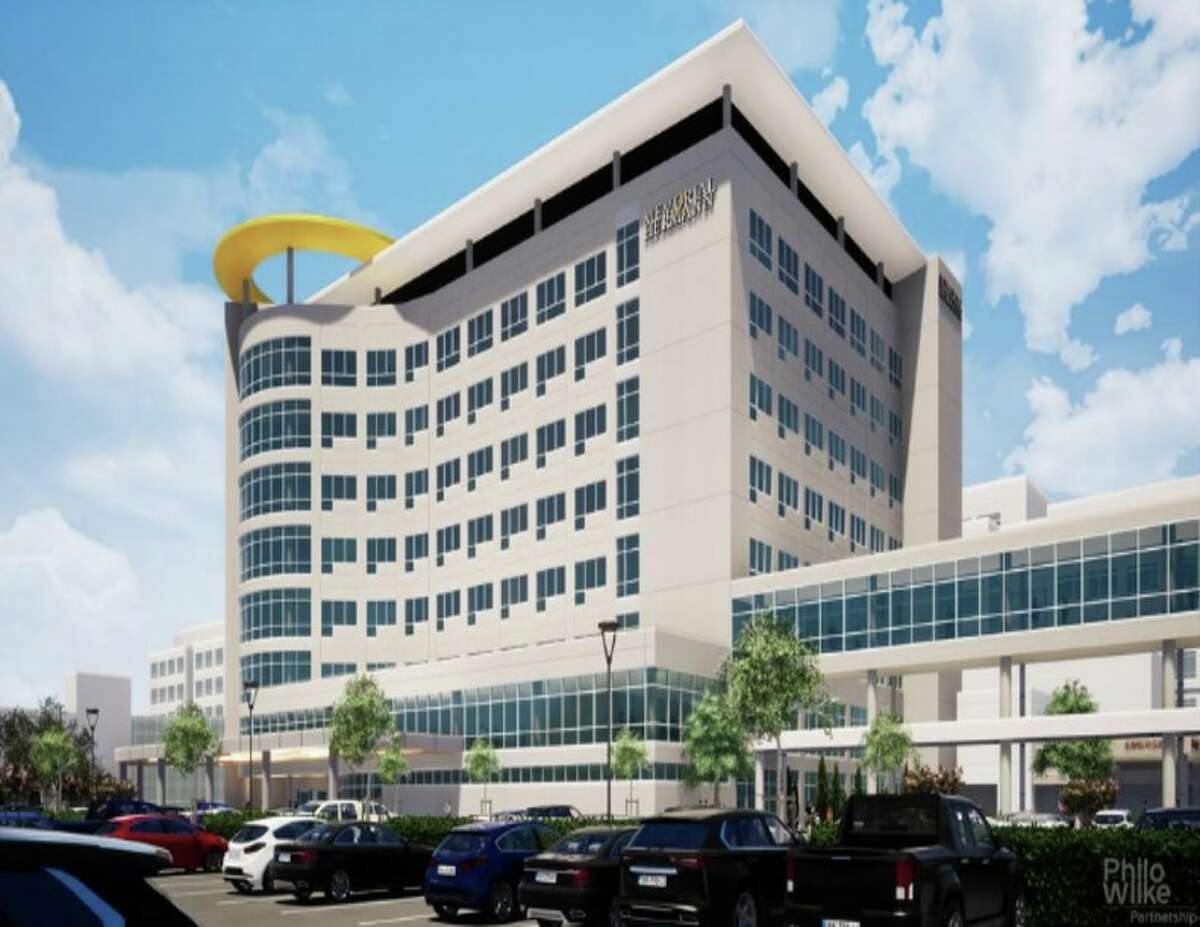 The eight-floor South Tower at Memorial Hermann The Woodlands Medical Center is slated for delivery in early 2022. JLL has been selected to oversee construction.