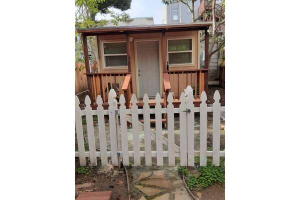 """This """"tiny home/inlaw/studio cottage across Golden Gate Park"""" in the Richmond is for rent."""