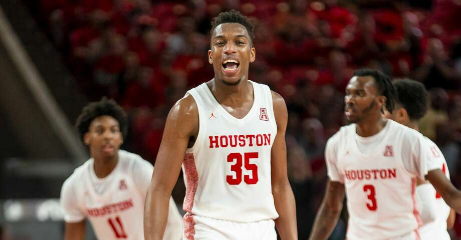 Houston Cougars forward Fabian White Jr. (35) reacts after a play during the first half of the Cougars' game against the Mustangs at the Fertitta Center in Houston, Wednesday, Jan. 15, 2020. Photo: Mark Mulligan/Staff Photographer