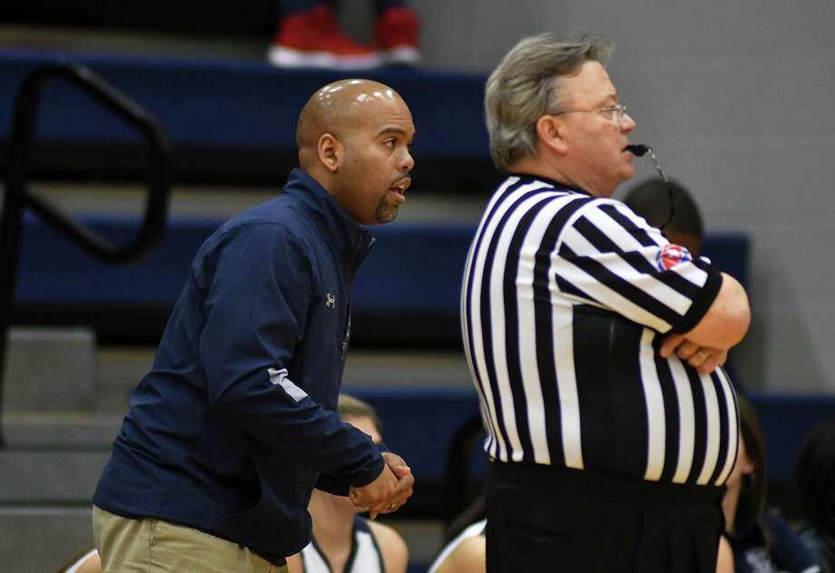 Tomball Memorial Head Coach Tarence Davis leads the Lady Wildcats for the fifth season and compete in District 14-6A. Photo: Jerry Baker, Houston Chronicle / Contributor / Houston Chronicle