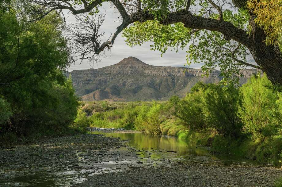 Brewster Ranches spans 420,000 acres near Big Bend National Park, stretching from the Rio Grande to the town of Marathon. Photo: King Land And Water / ©Laurence Parent.  All rights reserved.