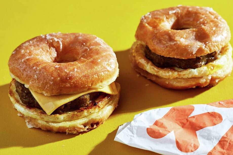 Snoop Dogg and Dunkin's Beyond Meat sandwich collaboration is all out of whack
