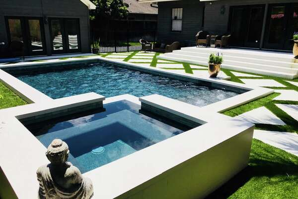 Montrose Pool House with Pool & Soothing Spa2 guests | Studio $70/night