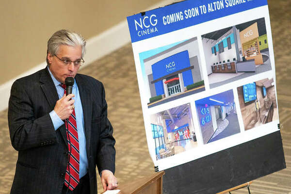 Alton Mayor Brant Walker speaks to a crowd gathered at Alton Square Mall Thursday afternoon for the announcement of NCG Cinema to open a movie theater there.