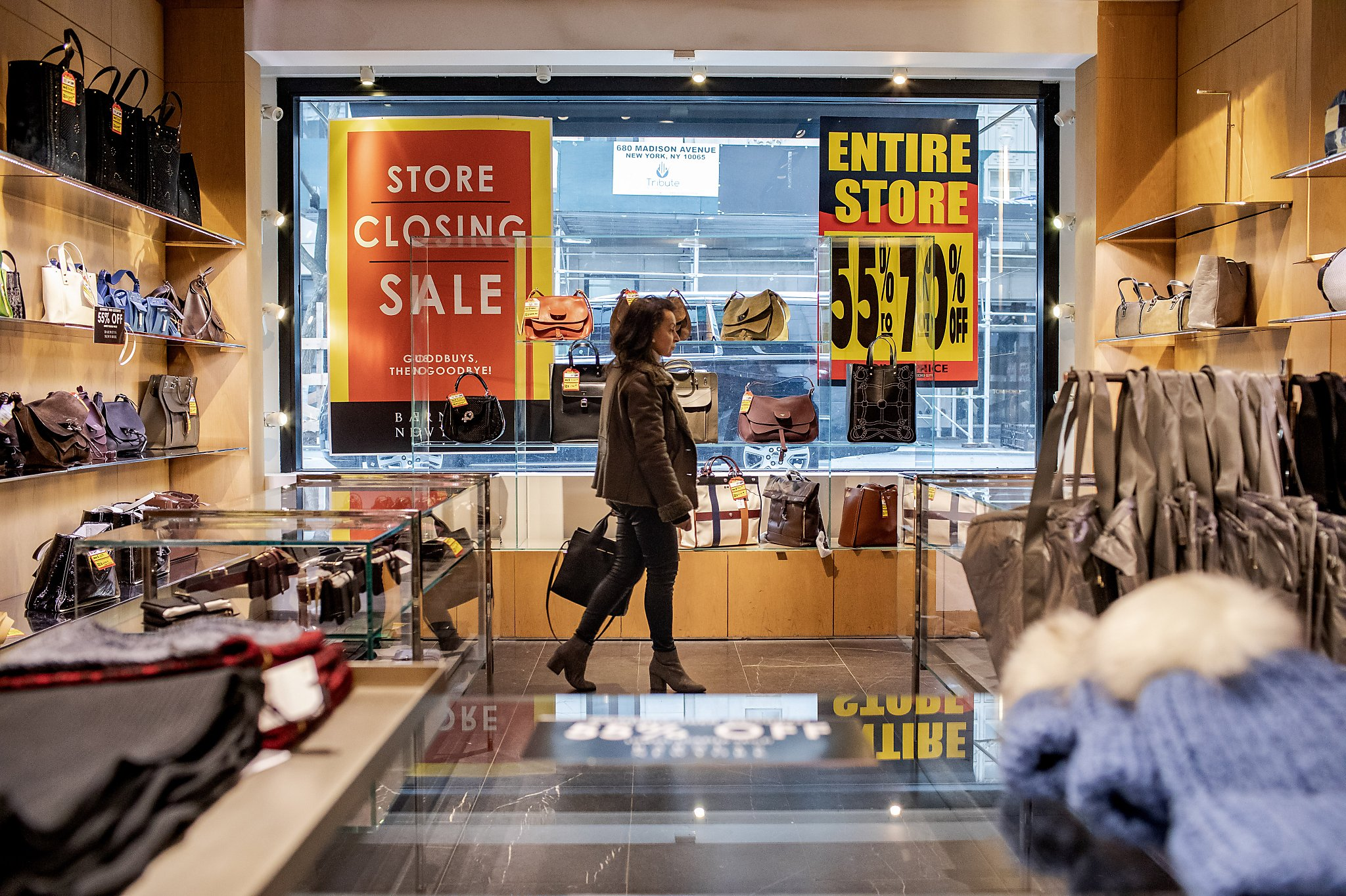 Barneys' slow death march leaves workers in the lurch