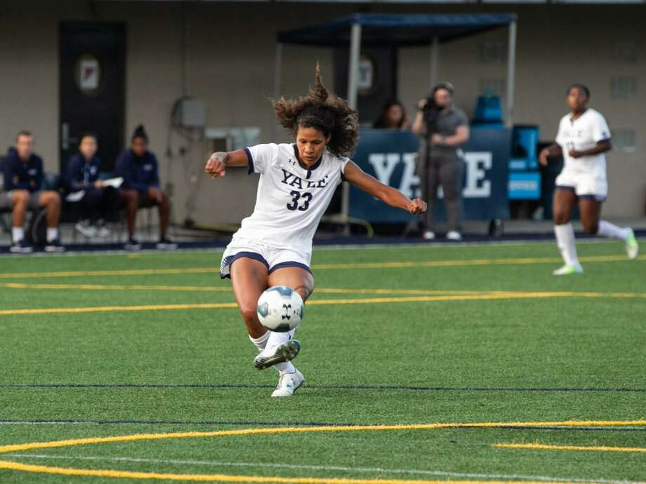 Former Yale star Aerial Chavarin made her debut with the NWSL's Chicago Red Stars on Saturday. Photo: Yale Athletics / Contributed Photo
