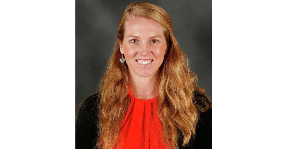 Giants make Alyssa Nakken first female major league coach ...