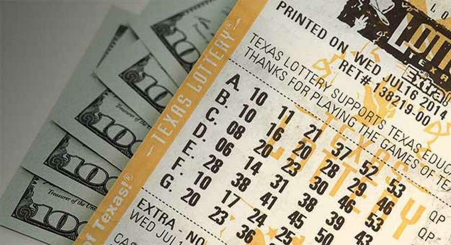 Fifteen days after a Laredo resident won a $17.5 million jackpot for the Texas Lottery, it has finally been claimed. Photo: Foto De Cortesía /Contralora De Cuentas Públicas De Texas
