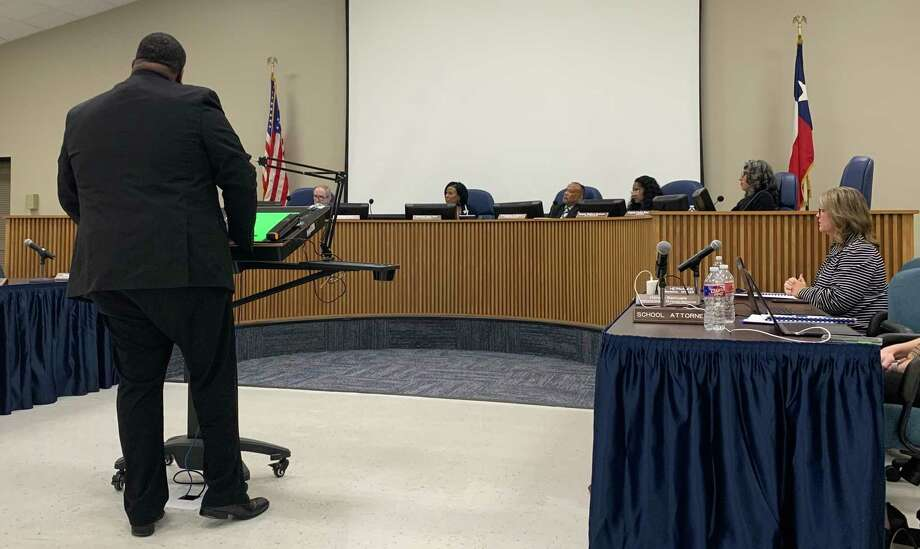 Derwin Samuels, the Executive Director of Human Resources for Beaumont ISD, presents a measure to attract new teachers to the district Photo: Isaac Windes