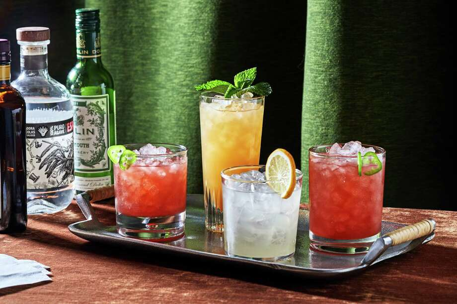 Have it both ways for Dry January with these cocktails that shine with or without the booze