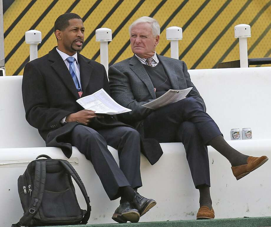 Andrew Berry (left), then the Browns vice president of player personnel, with team owner Jimmy Haslam in 2018. Photo: John Kuntz / Cleveland Plain Dealer 2018