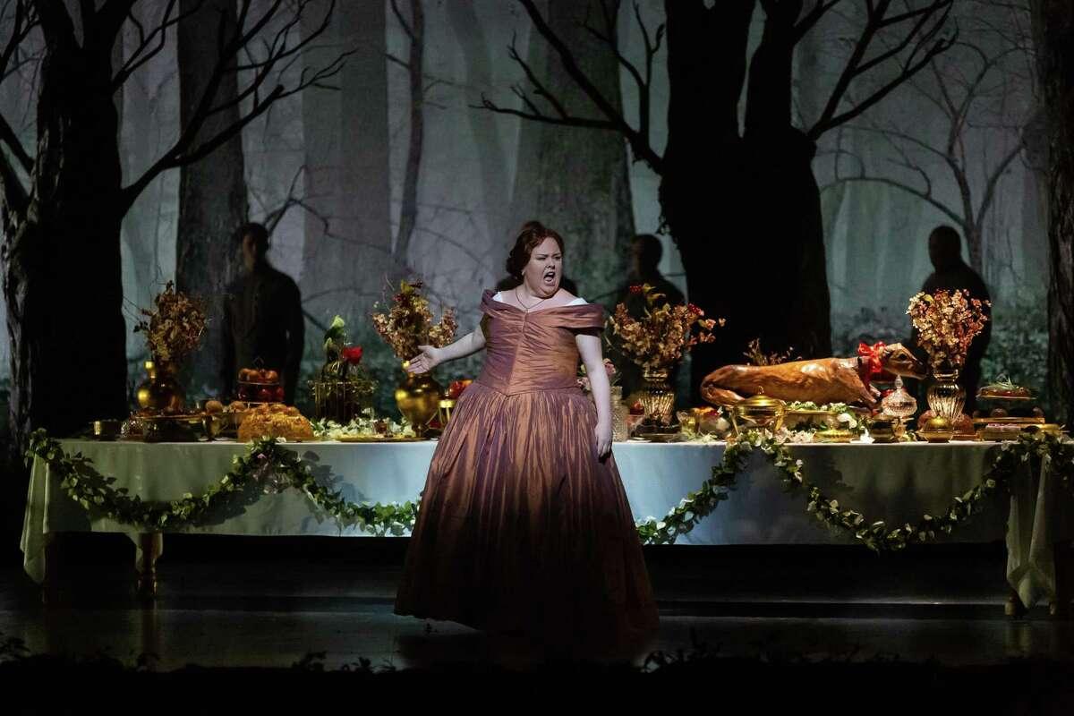 Houston Grand Opera presented 'La Favorite' in Januray, with Jamie Barton as Leonor de Guzman.
