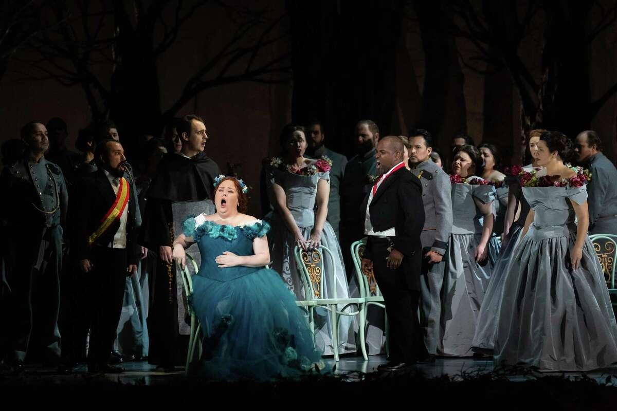 Jamie Barton and Lawrence Brownlee in Houston Grand Opera's 'La Favorite'