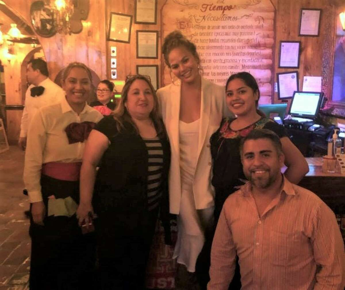 Chrissy Teigen grabbed a meal at El Tiempo at 2814 Navigation Blvd. on Thursday and took the time to pose for photos with fans.