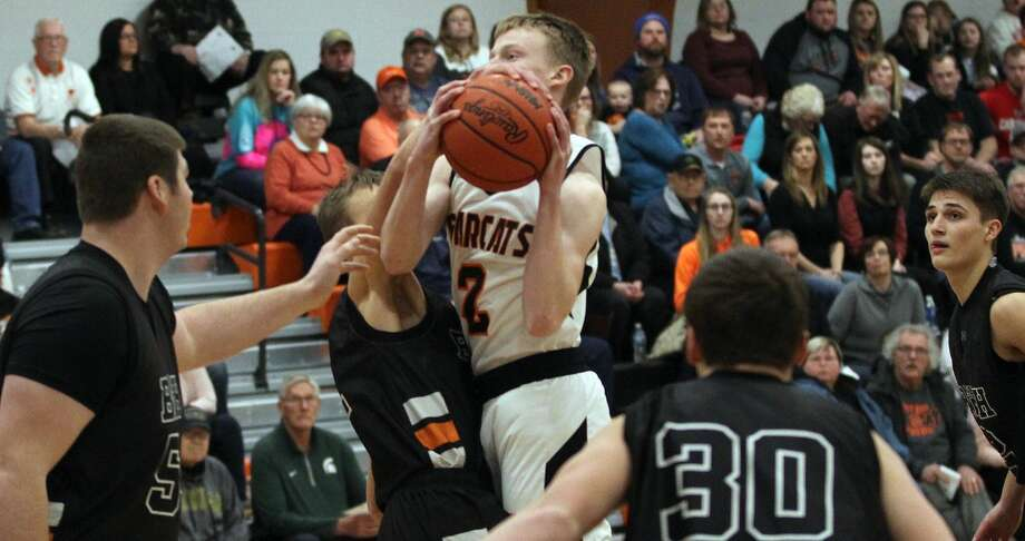 The Ubly boys basketball team edged Harbor Beach in a rousing 44-42 win on Friday, Jan. 17, 2020. The Bearcats sit atop the Greater Thumb East Conference. Photo: Mark Birdsall/Huron Daily Tribune