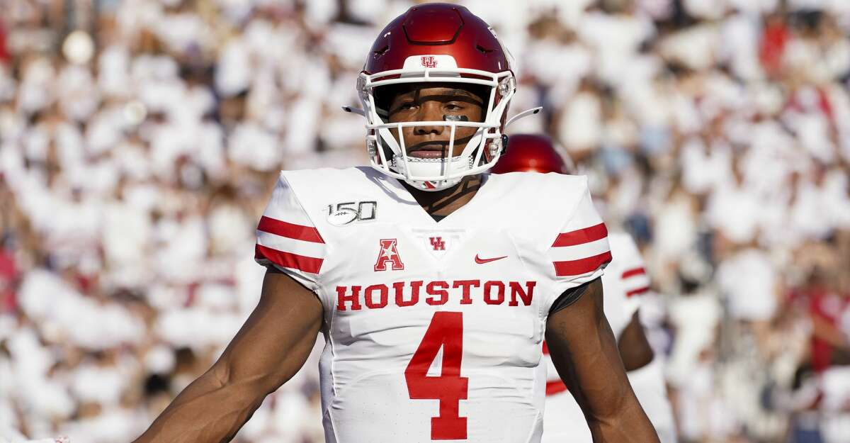 Houston Cougars quarterback D'Eriq King (4) during warmups before an NCAA game against the Oklahoma Sooners at Gaylord Memorial Stadium Sunday, Sept. 1, 2019, in Norman.