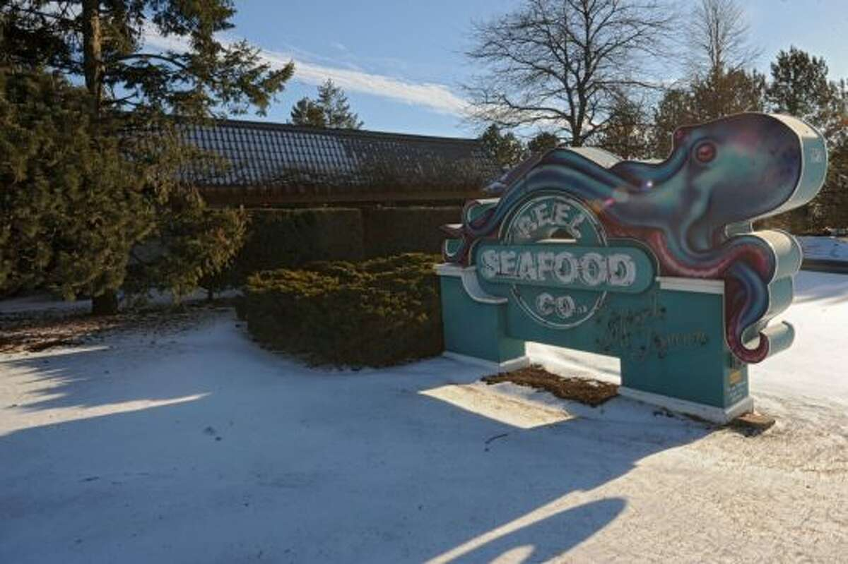 Reel Seafood Co. on Wolf Rd. in Colonie is closing. Keep clicking for more restaurants that have opened, closed or are coming soon. (Times Union Archive photo)
