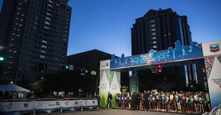 Runners line up for the start of the 48th running of the Chevron Houston Marathon Sunday, Jan. 19, 2020 in Houston. Photo: Brett Coomer/Staff Photographer