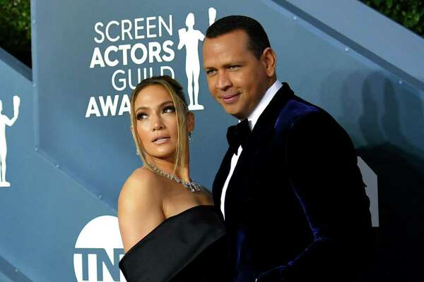 LOS ANGELES, CALIFORNIA - JANUARY 19: Jennifer Lopez and Alex Rodriguez attend the 26th Annual Screen Actors Guild Awards at The Shrine Auditorium on January 19, 2020 in Los Angeles, California. 721384