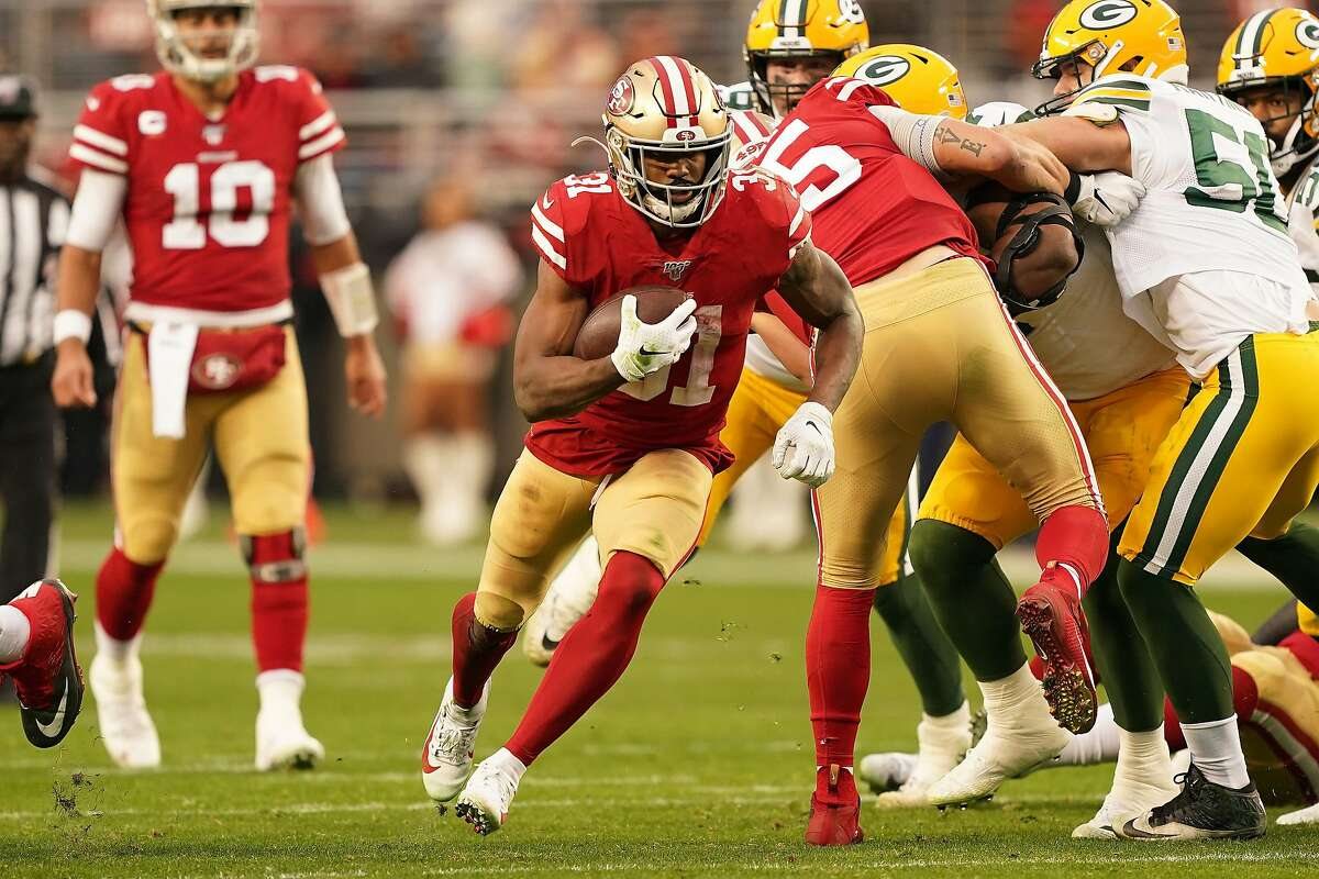SANTA CLARA, CALIFORNIA - JANUARY 19: Raheem Mostert #31 of the San Francisco 49ers runs the ball in the first half against the Green Bay Packers during the NFC Championship game at Levi's Stadium on January 19, 2020 in Santa Clara, California. (Photo by Thearon W. Henderson/Getty Images)