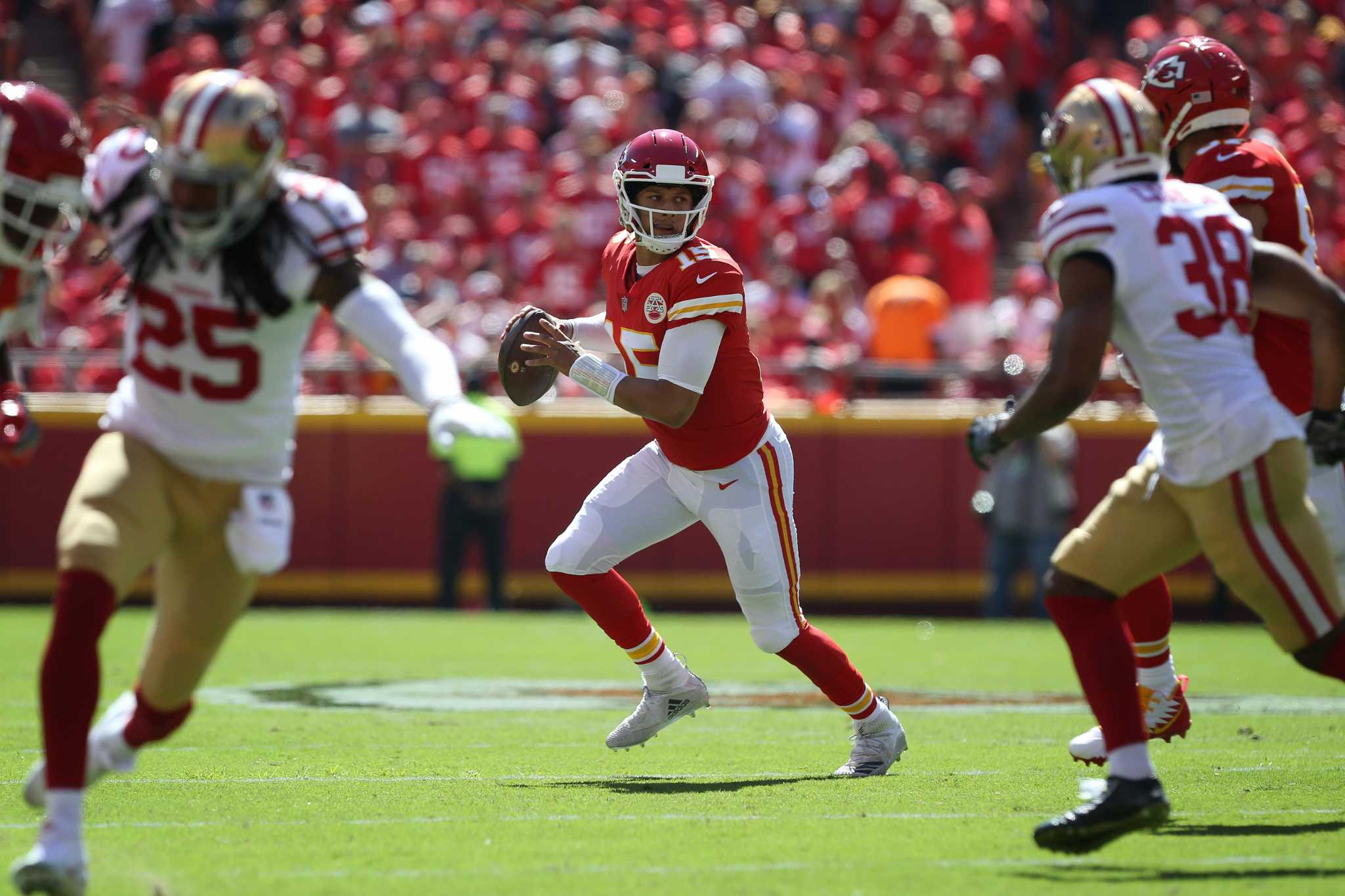 Super Bowl preview, 49ers vs. Chiefs: Can SF stop Patrick Mahomes? - SFChronicle.com