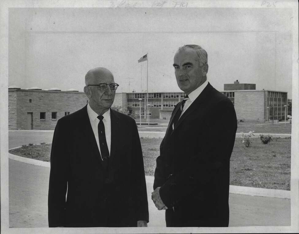 Old and new presidents of Hudson Valley Community College, Otto V. Geunther and James J. Fitzgibbons, in June 17, 1965.