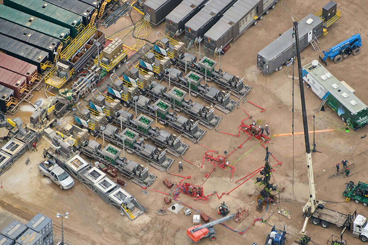 The Woodlands-based Evolution Well Services has landed a two-year deal to provide electric hydraulic fracturing services to an unnamed exploration and production customer staring in the first quarter of 2020.