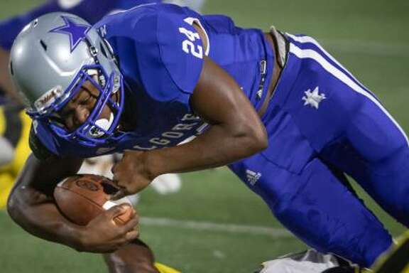 Running back Earnest Crownover of Kilgore College has committed to Texas A&M.