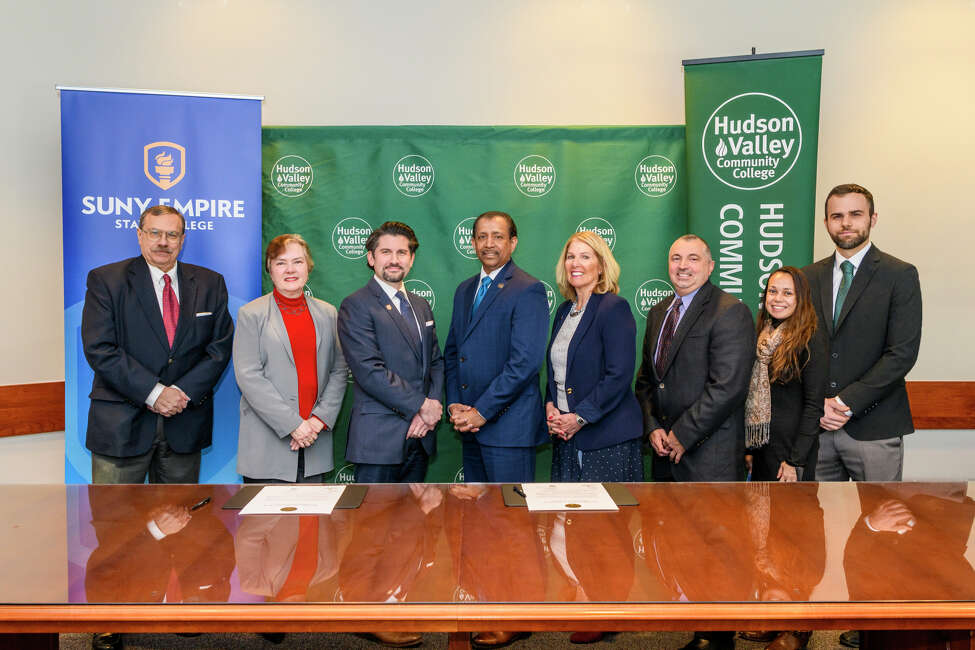SUNY Empire State College and Hudson Valley Community College announced a new partnership providing guaranteed admission to graduates of HVCC's Chemical Dependency Counseling program to SUNY Empire's first-of-its-kind bachelor of science in Addiction Studies.