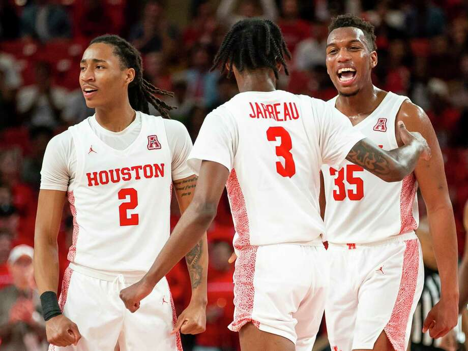 Caleb Mills, from left, DeJon Jarreau and Fabian White Jr. have helped UH achieve a national ranking for the third consecutive season. Photo: Mark Mulligan, Houston Chronicle / Staff Photographer / © 2020 Mark Mulligan / Houston Chronicle