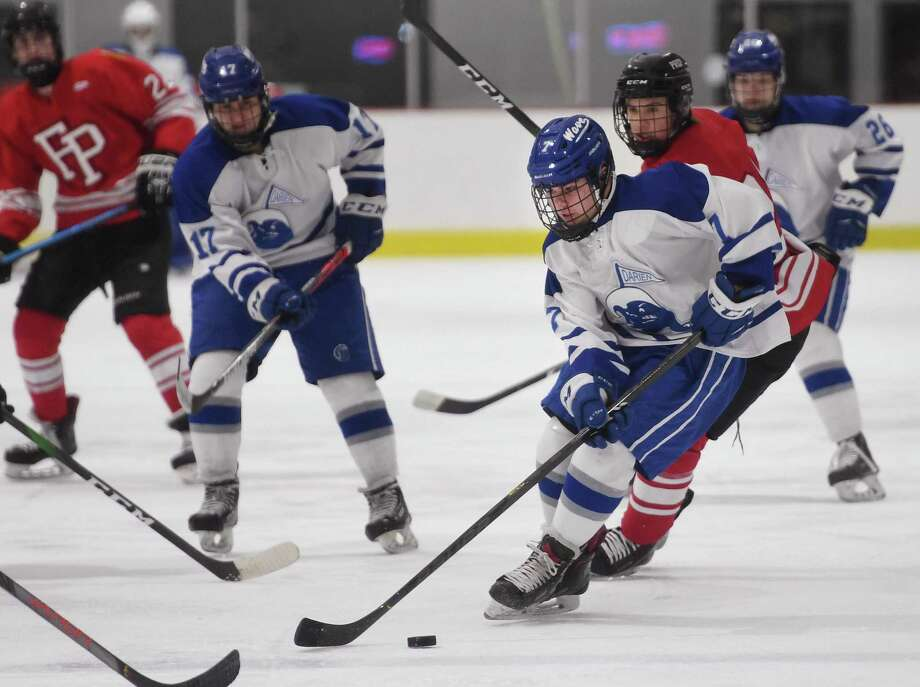 Darien's Samuel Erickson races in on goal during the second period of their boys hockey game with Fairfield Prep at the Darien Ice Rink in Darien, Conn. on Monday January 19, 2020. Photo: Brian A. Pounds / Hearst Connecticut Media / Connecticut Post