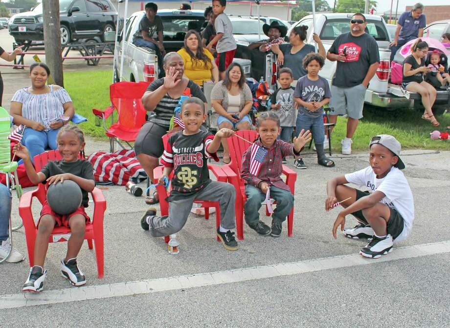 The proposed Fort Bend ISD calendar includes a holiday for the Fort Bend County Fair and Rodeo on Sept. 25. Pictured: a group of your parade-goers spotted at the 2019 Fort Bend County Fair Parade. Photo: Kristi Nix