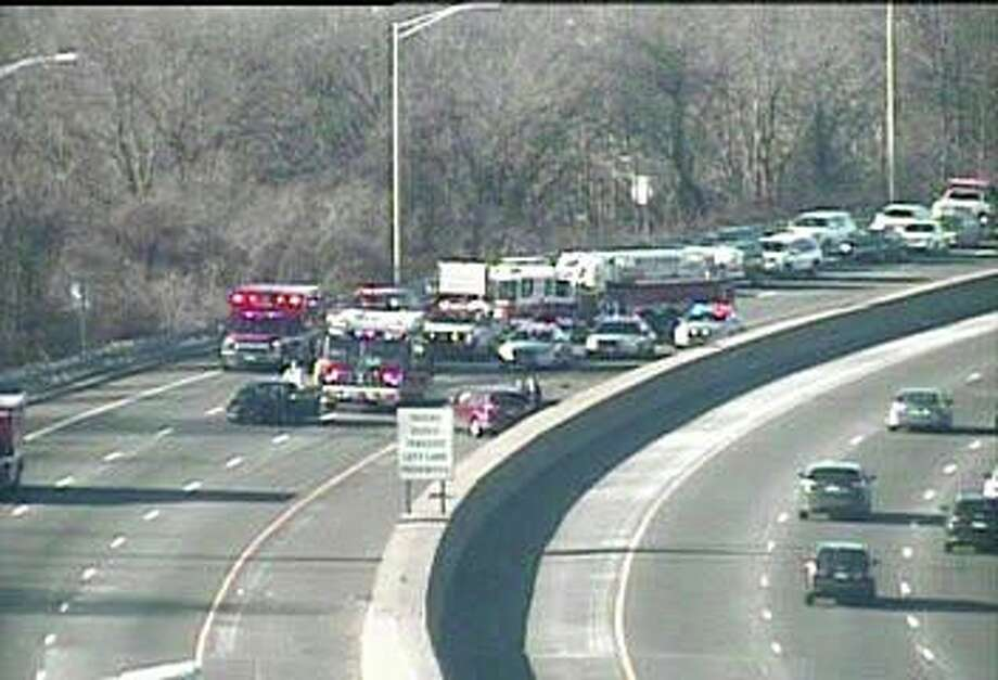 A multi-vehicle accident has closed two northbound lanes on I-95 in Milford Tuesday morning on Jan. 21, 2020. Photo: DOT Traffic Cam