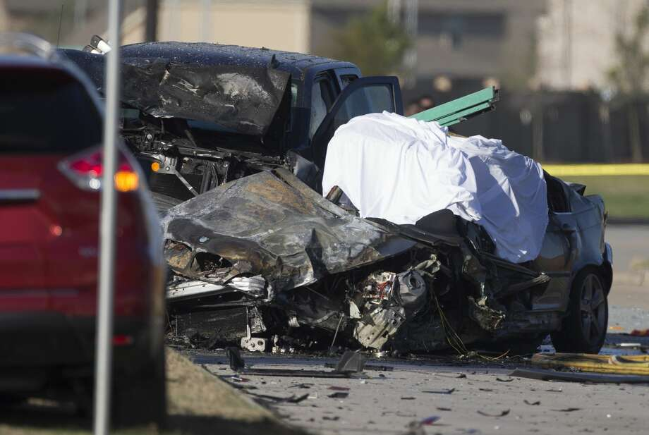 Harris County Sheriff's Office authority work on a three-vehicle crash that ended with one driver dead near the intersection of West and Greenhouse Roads Tuesday, Jan. 21, 2020, in Cypress. HCSO Lt. Gary Ellington said the crash happened around 8:30 a.m. Photo: Yi-Chin Lee/Staff Photographer