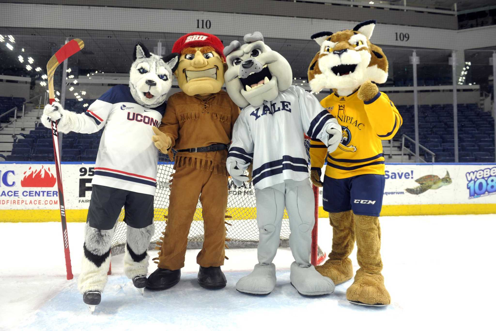 College Hockey Notebook: Long Awaited Connecticut Ice ...