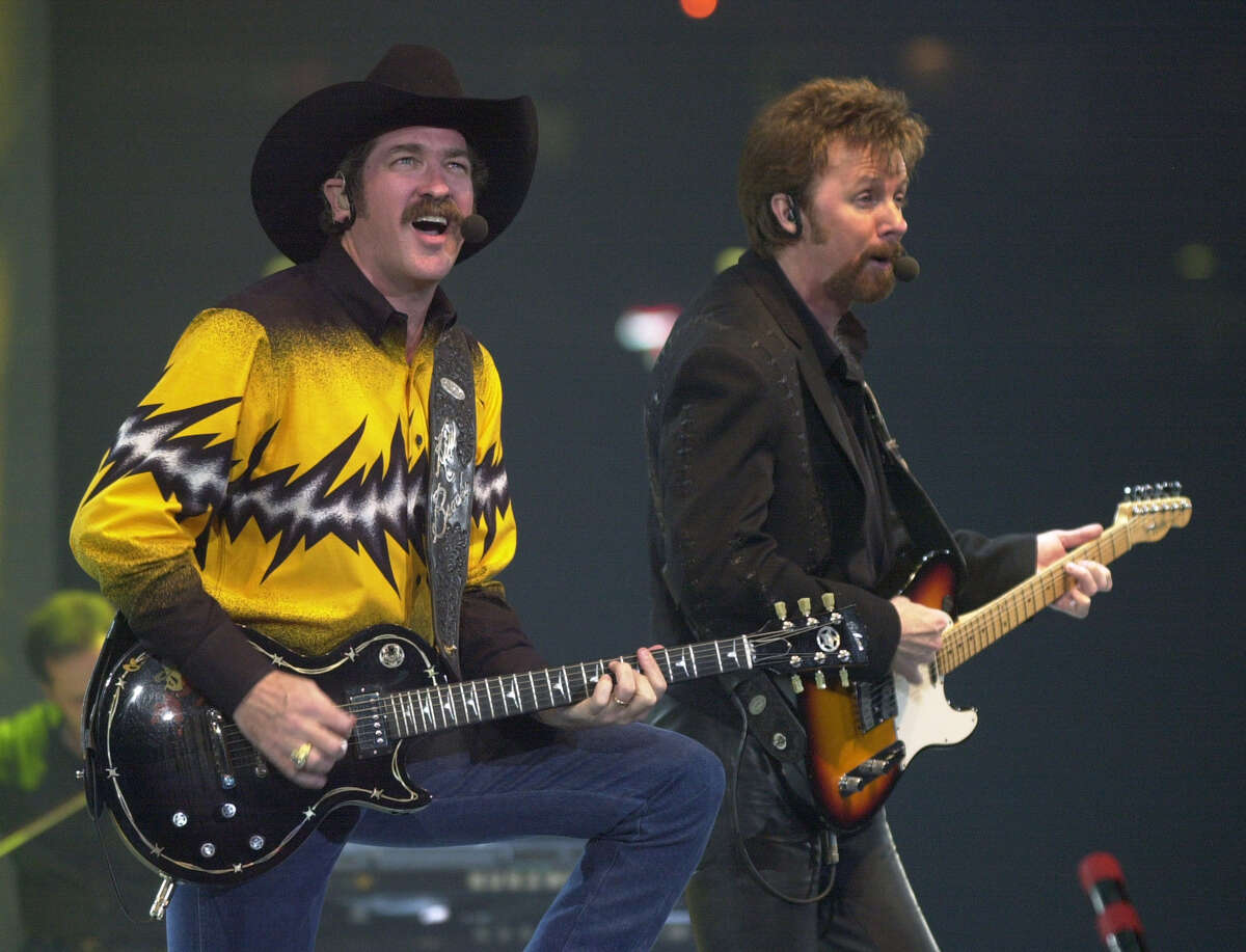 Brooks and Dunn - 2008 The dynamic duo of Brooks & Dunn has provided electric performances for RODEOHOUSTON®fans since first stepping on the rotating stage in 1992. During their 2007 performance, Kix Brooks and Ronnie Dunn performed in front of their 1 millionth RODEOHOUSTONfan. Brooks & Dunn is the first duo/group to be added to the Show's Star Trail of Fame.In 2010, Brooks & Dunn performed The Last Rodeo Tour. Kix Brooks, left, and Ronnie Dunn perform at the Houston Livestock Show and Rodeo, Wednesday, Mar. 1, 2000. (Smiley N. Pool/Chronicle)