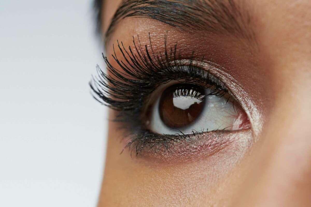 How safe are semi-permanent eyelashes?