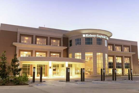 The hospital system opened Kelsey-Seybold Clinic - Kingwood, a standalone, three-story multi-specialty building, on Monday. The 55,000 square foot facility was built after Hurricane Harvey caused major damages to the original Kingwood Clinic in 2017. The new Kingwood clinic is located just north of Northpark Drive at 25553 Hwy. The building is more than twice the size of the original Kingwood clinic.