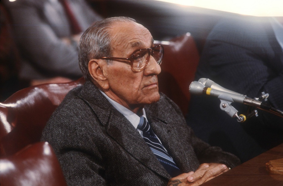 Tony Accardo testifies before the Senate Government Affairs Committee on November 17, 1984 in Washington, DC. Accardo was being investigated on labor racketeering within the Hotel Employees and Restaurant Employees International Union. (Photo by Cynthia Johnson/Liaison)
