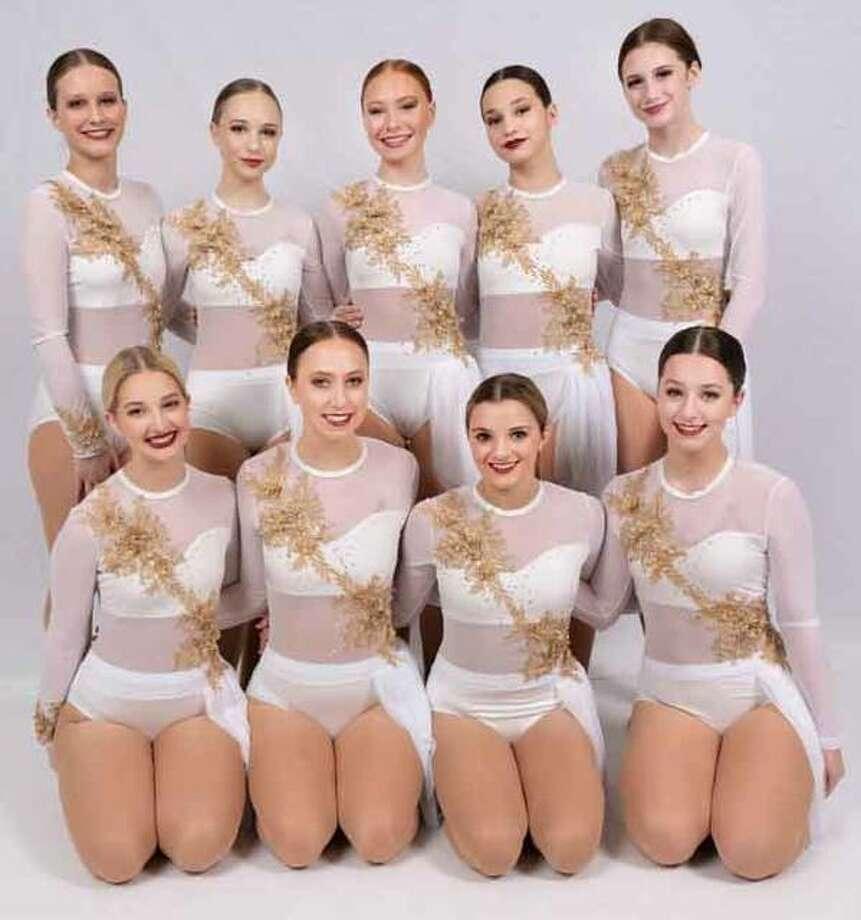 2019/2020 EHS dance team