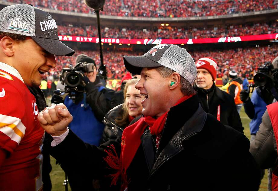 Kansas City Chiefs owner and CEO Clark Hunt celebrates with Patrick Mahomes (left) after defeating the Tennessee Titans in the AFC Championship Game on Sunday. Photo: David Eulitt / Getty Images