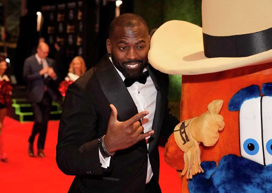 Whitney Mercilus, Houston Texans, walks the red carpet at the 3rd Annual Houston Sports Awards Tuesday, Jan. 21, 2020, Hilton Americas, 1600 Lamar St., in Houston. Photo: Melissa Phillip, Staff Photographer / © 2020 Houston Chronicle