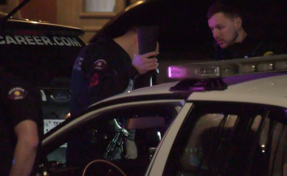 Houston police and Pasadena police officers work the end of a pursuit in the 700 block of South Shaver Street on Tuesday, Jan. 21, 2020. Photo: OnScene.TV