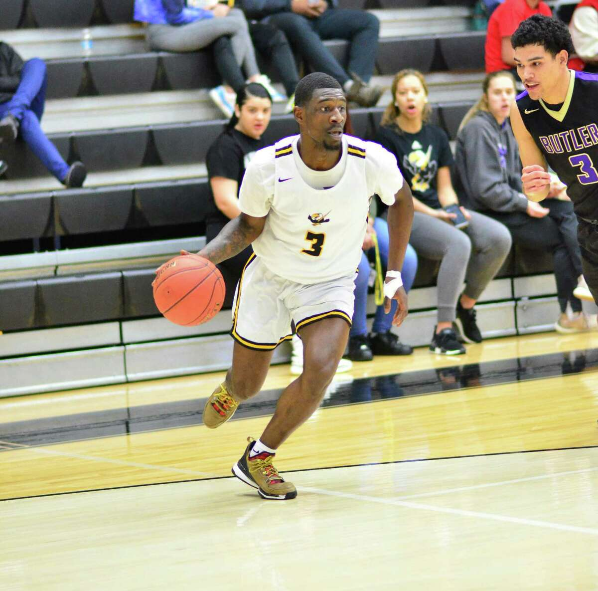 Cloud County Community College basketball player Jay Lewis. A Conroe High School alum.