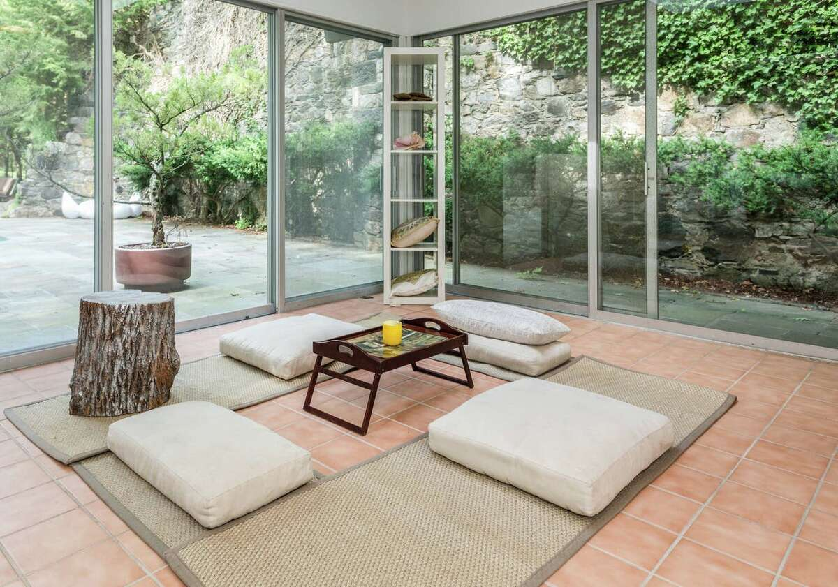 Zen retreat, Stamford View full listing on Airbnb