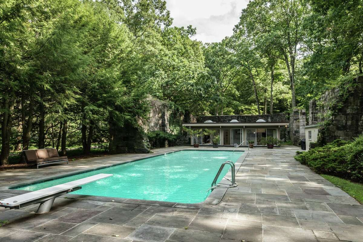 Zen retreat, Stamford $372 a night Description: