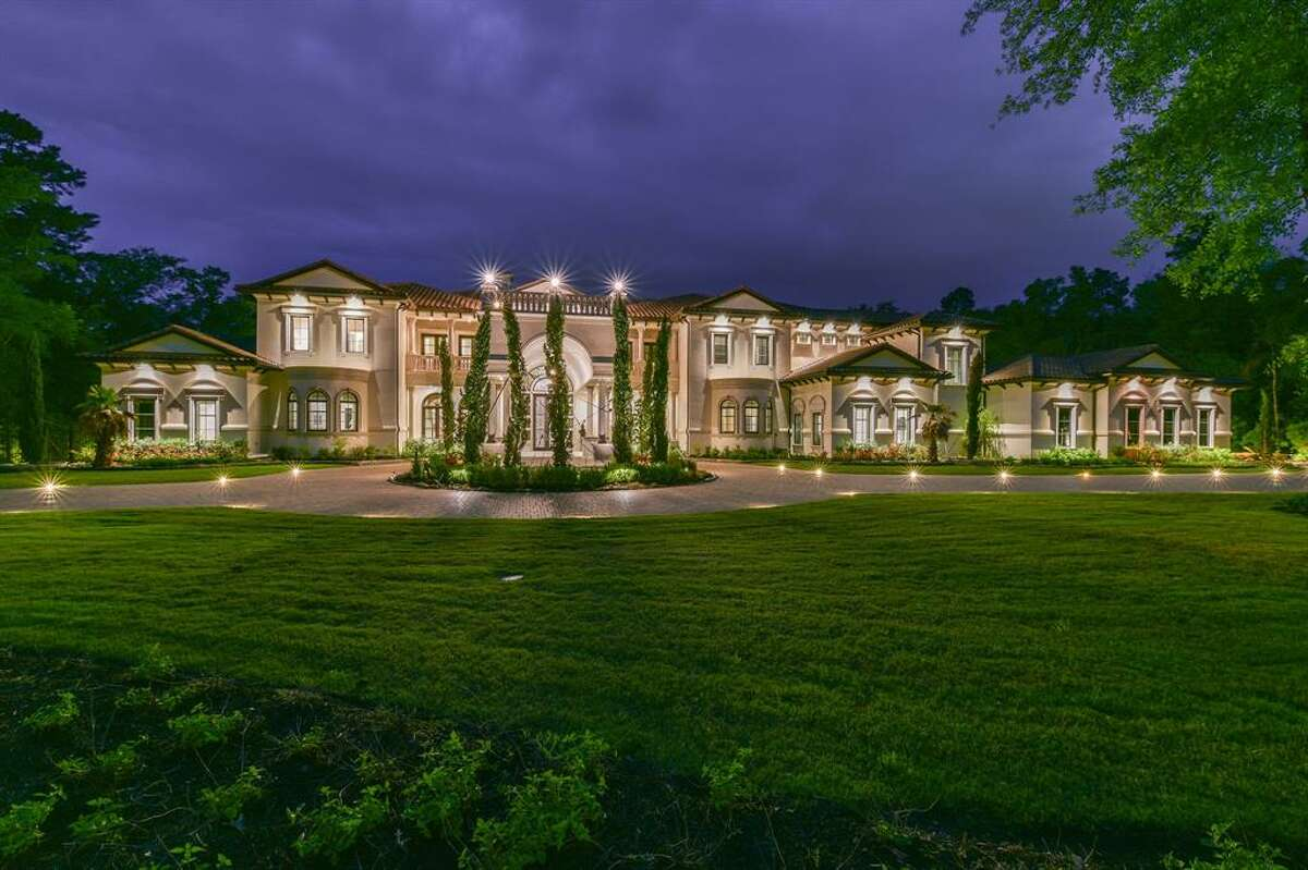 10. 93 W Grand Regency Circle, The Woodlands House sold: $5 million - $5.9 million9 bed | 10 full & 4 half bath | 18,717 sq. ft.